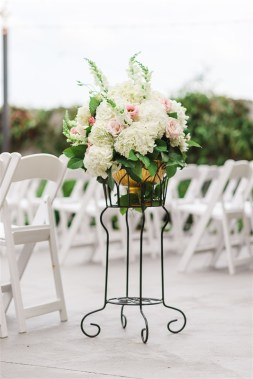 Romantic_Blush_Wedding_Flowers_Garden_Wedding_Chattanooga_Wedding_Florist_Lang_Floral_Designs_Aisle_Arrangement_5