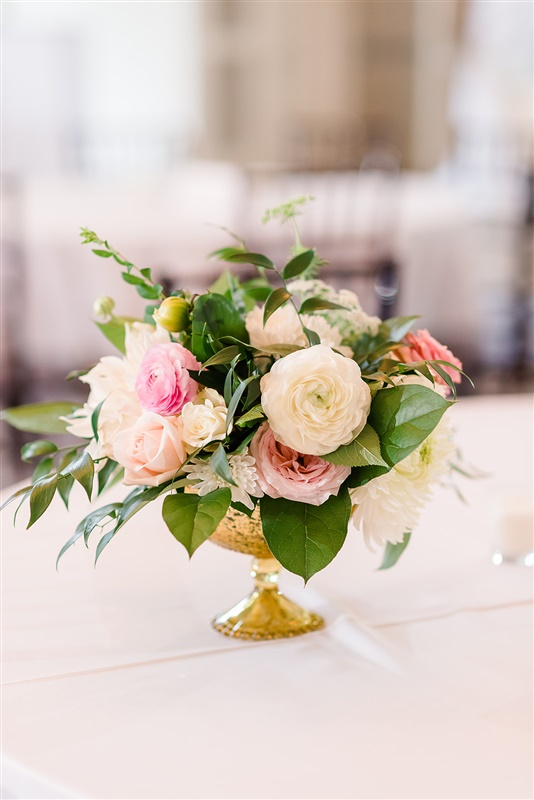 Romantic_Blush_Wedding_Flowers_Garden_Wedding_Chattanooga_Wedding_Florist_Lang_Floral_Designs_Centerpieces_7