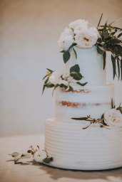 White_Wedding_Flowers_with_Greenery_Garden_Wedding_Chattanooga_Wedding_Florist_Lang_Floral_Designs_7