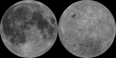 kiri : Permukaan bulan yang terlihat dari Bumi. Kanan: Permukaan Bulan yang selalu tersembunyi dari Bumi. Kredit: NASA