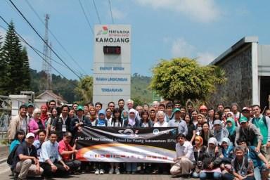 Kunjungan peserta ISYA 2013 ke Pusat Energi Geotermal Kamojang, Garut. Sumber foto: LAPAN.