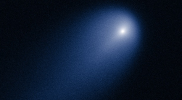 Komet ISON dipotret Hubble pada bulan April 2013. Kredit: NASA