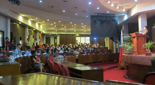 Acara yang diselenggarakan di Aula Rizal Technology University, dibuka oleh Pejabat Kementrian Pendidikan Filipina, Dr. Catherine Castaneda. Kredit: Panitia Konvensi