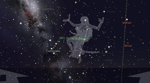 Andromeda jelang fajar menyingsing. Kredit: StarWalk