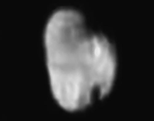 Satelit Pluto, Hydra. Kredit: NASA/JHUAPL/SWRI