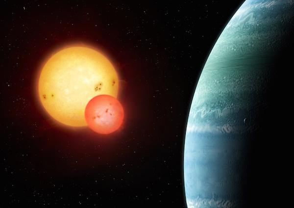 Ilustrasi sistem Kepler-453b yang mengitari sistem bintang ganda. Kredit: Mark Garlick, markgarlick.com