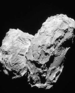 Komet 67P/Churyumov–Gerasimenko. Kredit: ESA/Rosetta/Navcam – CC BY-SA IGO 3.0