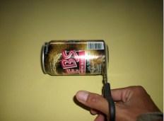 Langkah-langkah untuk mendapatkan aluminium foil dari kaleng minuman bekas. Kredit: Aldino Adry Baskoro