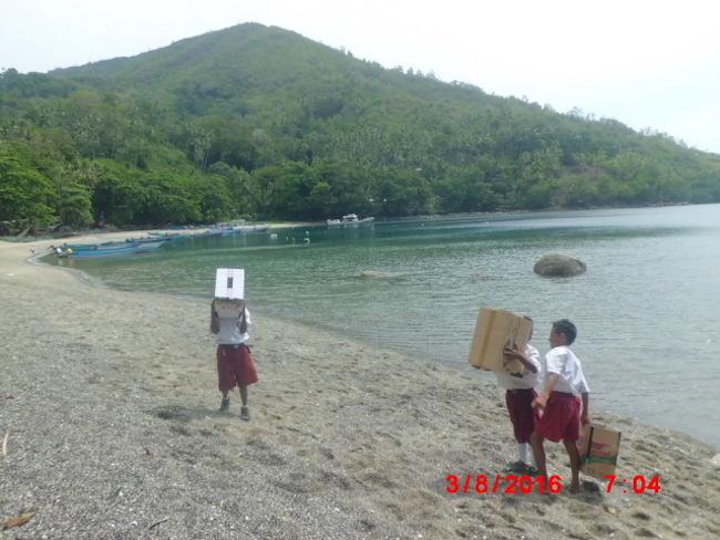 Pengamatan GMS di pantai Hukurila. Kredit: AAC
