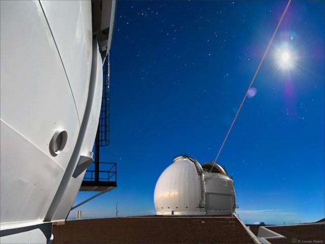 Teleskop 10 meter Keck-I di Observatorium W.M. Keck, Hawaii. Kredit: © 2007 Laurie Hatch