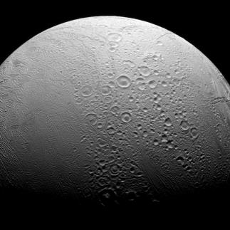 Enceladus. Kredit: NASA/JPL-Caltech/Space Science Institute