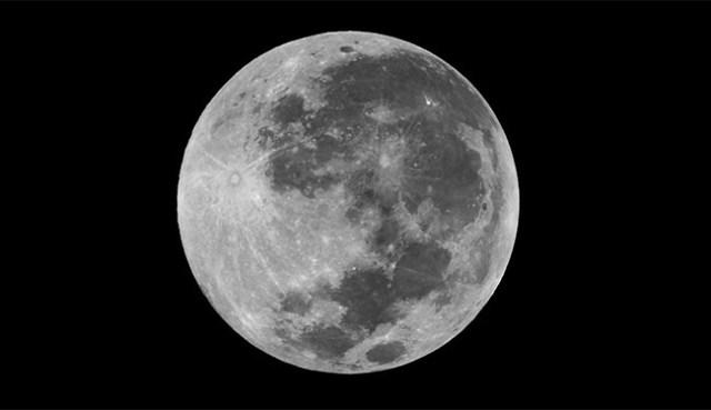 Bulan Purnama. Kredit: langitselatan