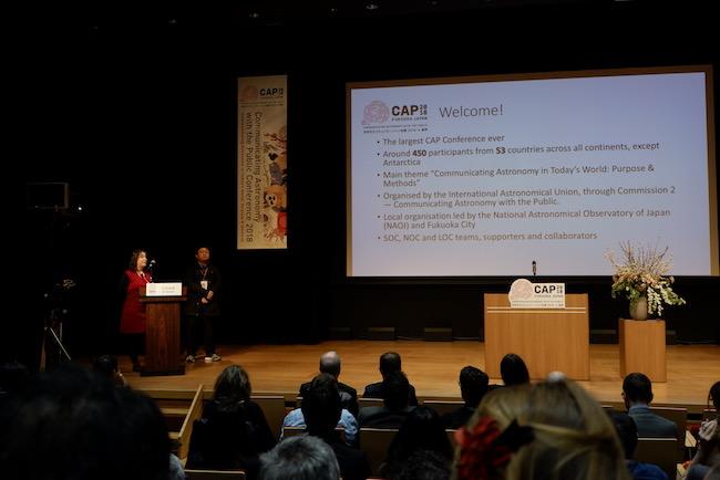 Pembukaan CAP oleh Cheung Sze-leung dan Lina Canas dari IAU OAO sekaligus SOC dan LOC CAP 2018