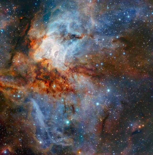 Potret Gugus Bintang RCW 38 yang diambil oleh Kamera HAWK-I yang dipasang pada VLT. Kredit: ESO/K. Muzic