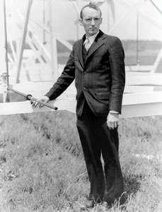 Gambar 2. Karl Jansky pada 1933. Kredit: NRAO/AUI/NSF