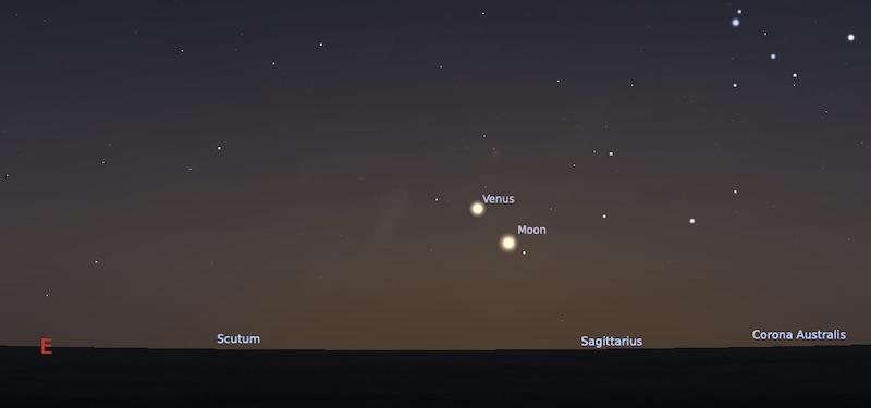 Pasangan Bulan sabit tua dan Venus si bintang kejora pada tanggal 12 Januari pukul 05:00 WIB. Kredit: Stellarium