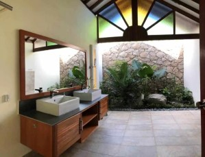 En Suite Bathroom 2 | Bayly Villa Langkawi | Villa with Pool for Rent | Langkawi Real Estate