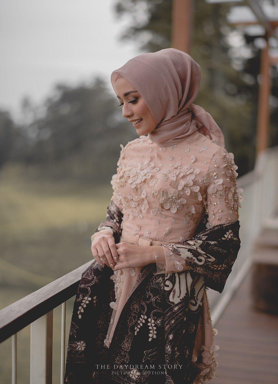 baju kondangan simple hijab yang modis