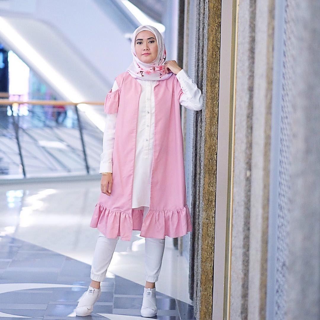 baju setelan celana hijab dengan warna yang manis