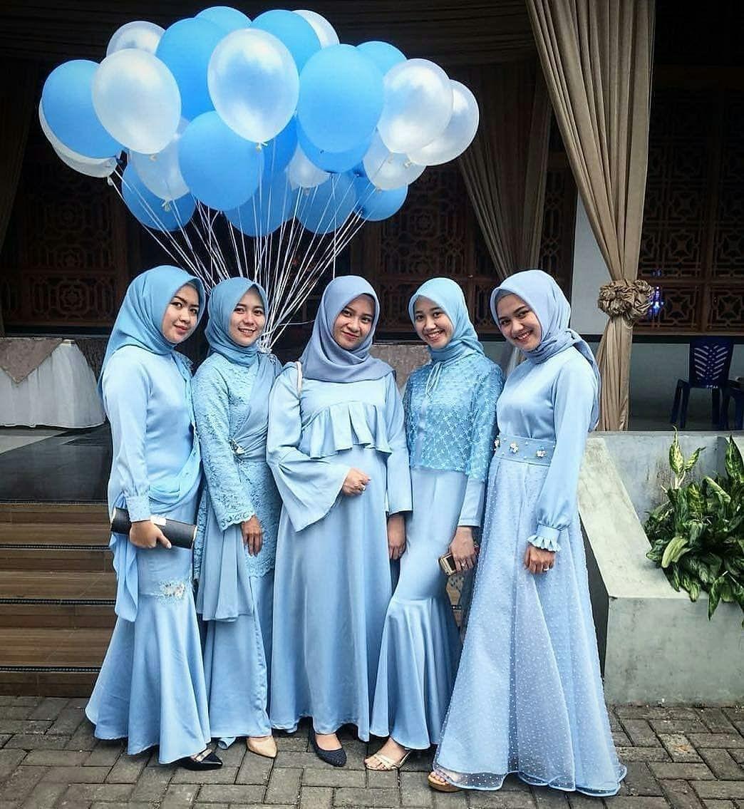 Dress biru muda untuk bridesmaid