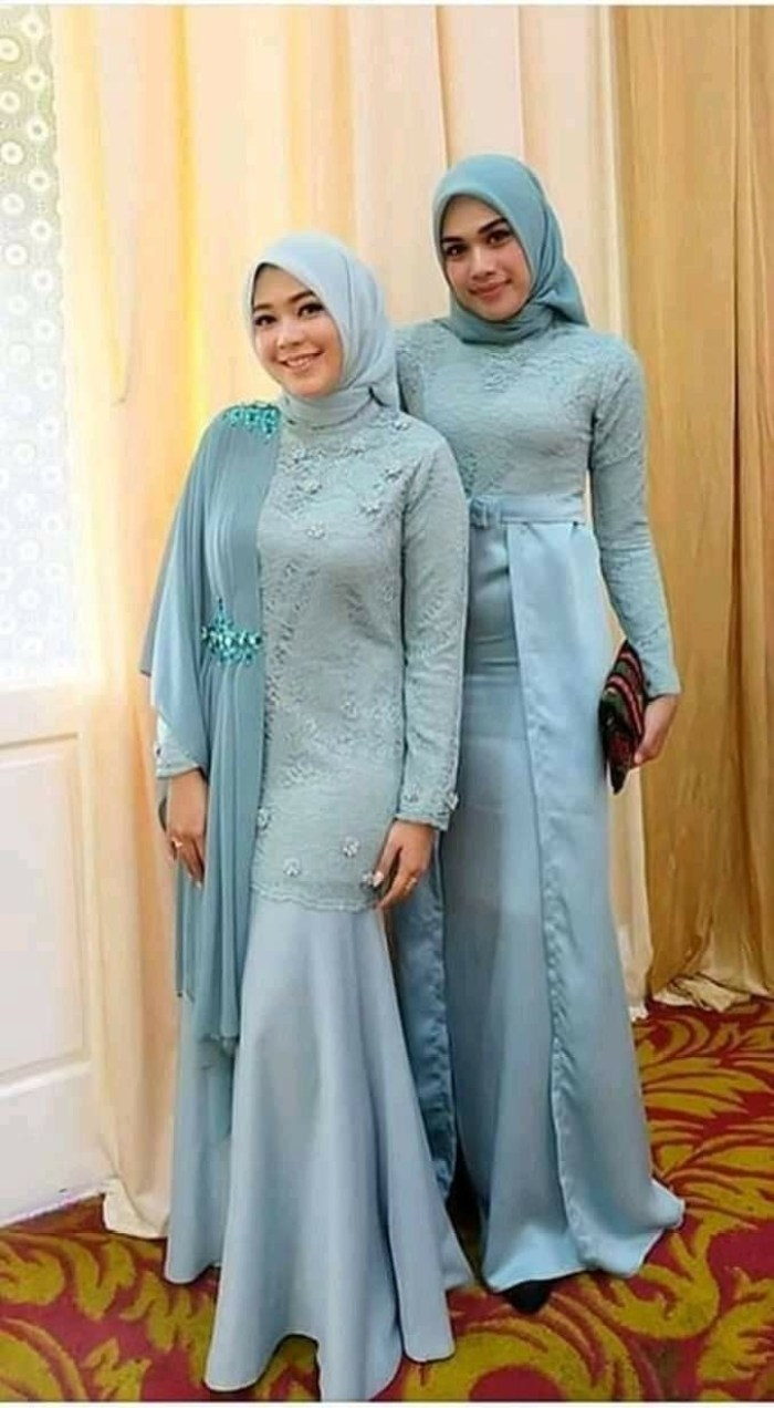 Dress cantik warna biru muda
