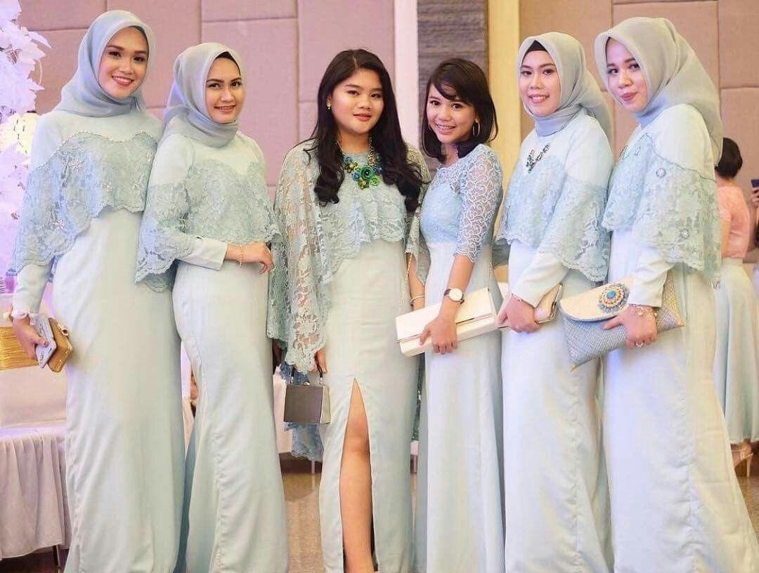 Dress hijau kalem untuk bridesmaid