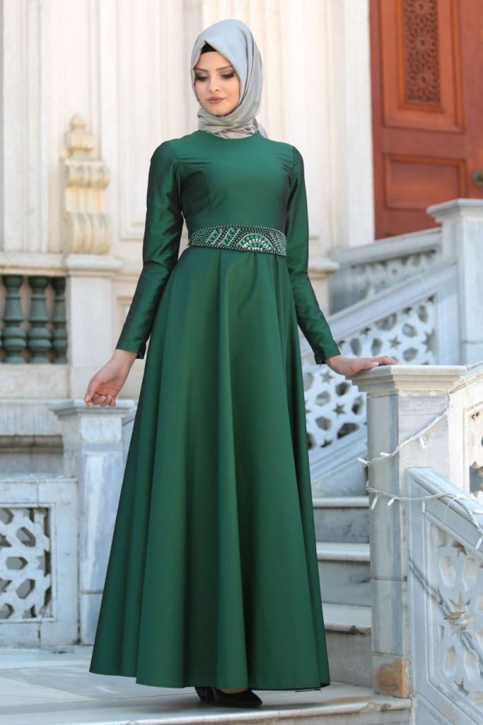 Dress pesta warna hijau