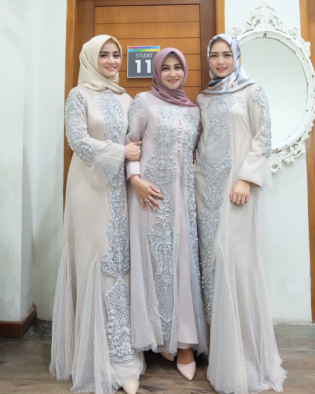Dress seragam warna abu abu