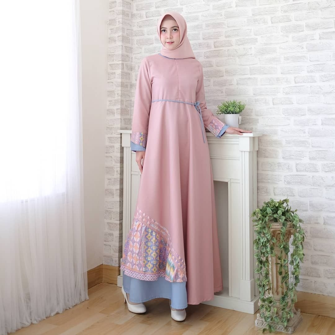 Dress simple warna dusty pink