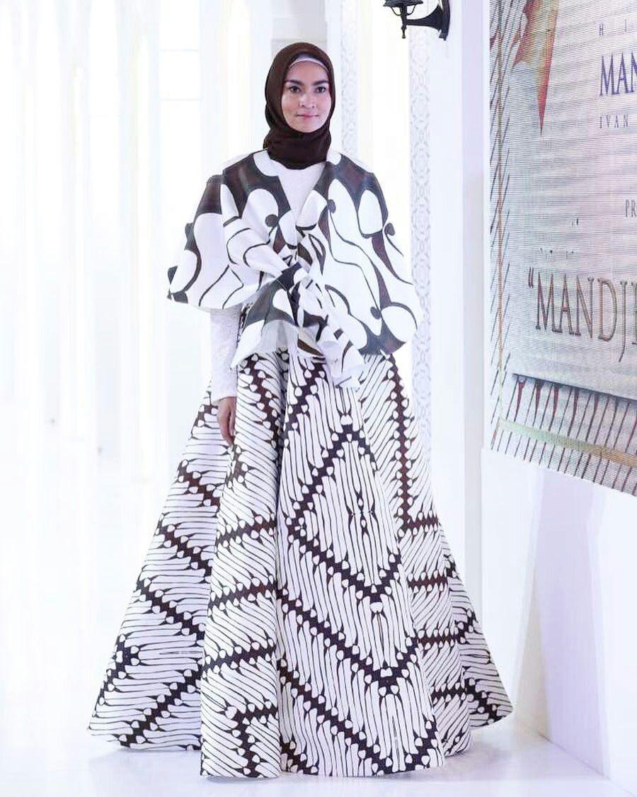 Gamis batik gaya abaya