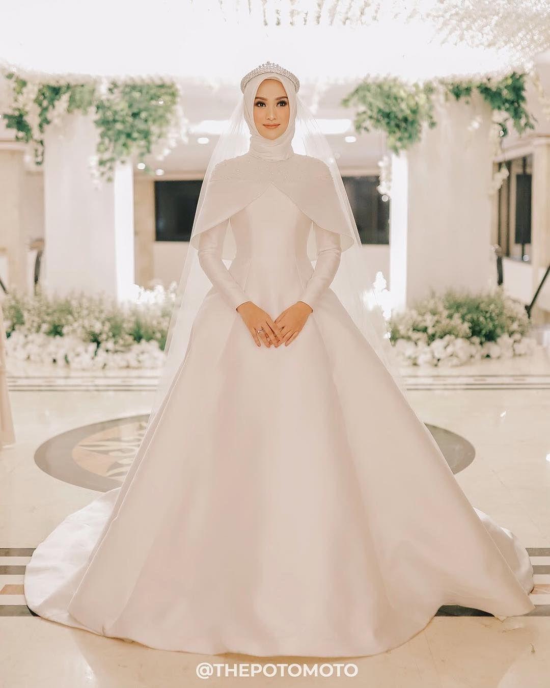 ❤️ 9 Inspirasi Gaun Pengantin Muslimah Simple - Langkung