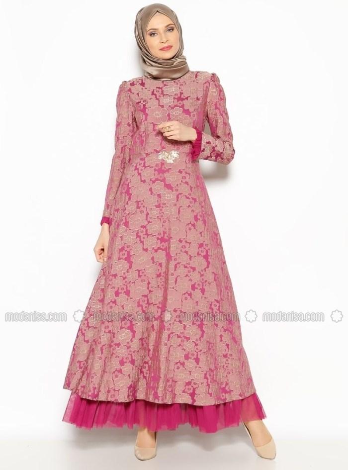 Gaun pink