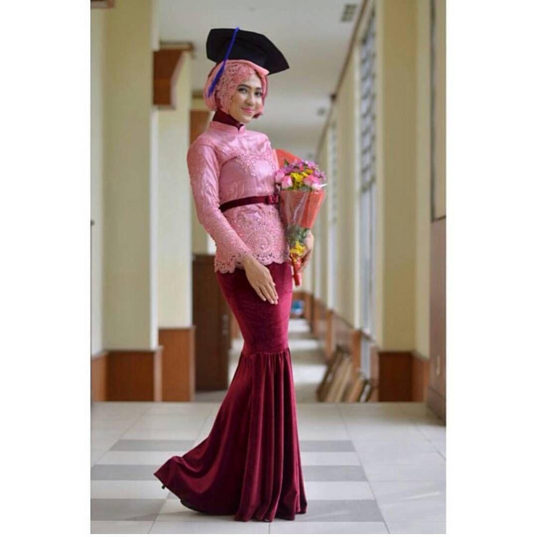 kebaya wisuda modern hijab untuk yang berpostur tinggi