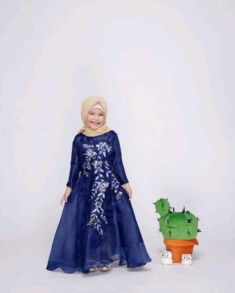 model baju gamis bahan tile ragam muslim