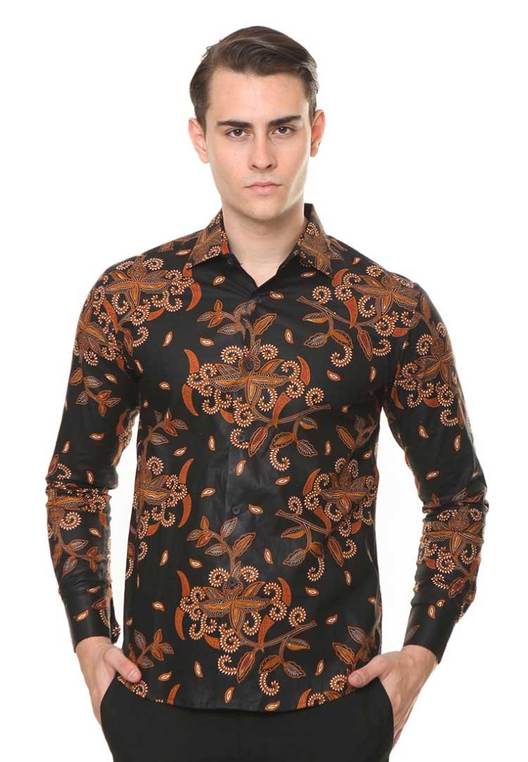 best model baju batik pria yang paling keren di fashion