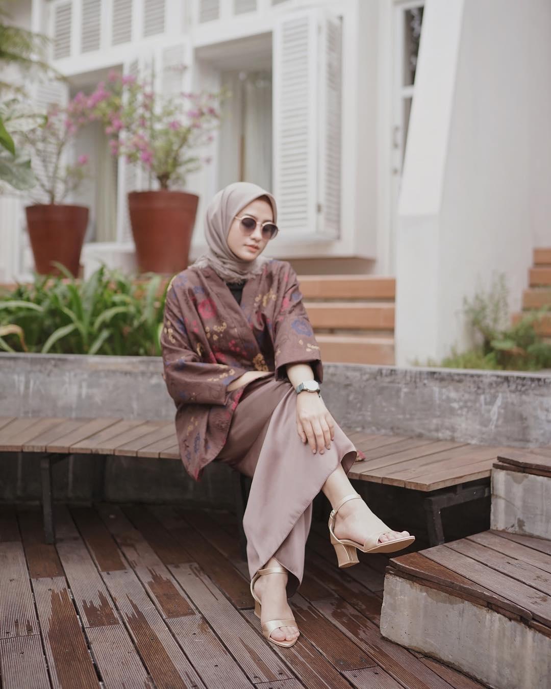 ootd kondangan hijab batik gambar islami