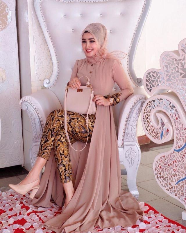 43 model gaun batik remaja untuk pesta trend terbaru