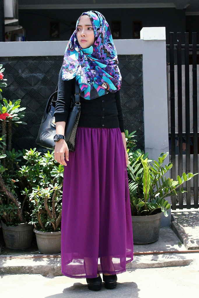 model hijab street style ala korea buat hijabers pecinta k