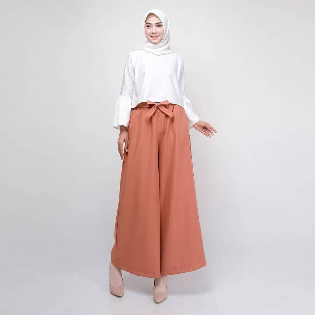 ootd hijab kulot cocok untuk kamu yang malas pakai rok 2