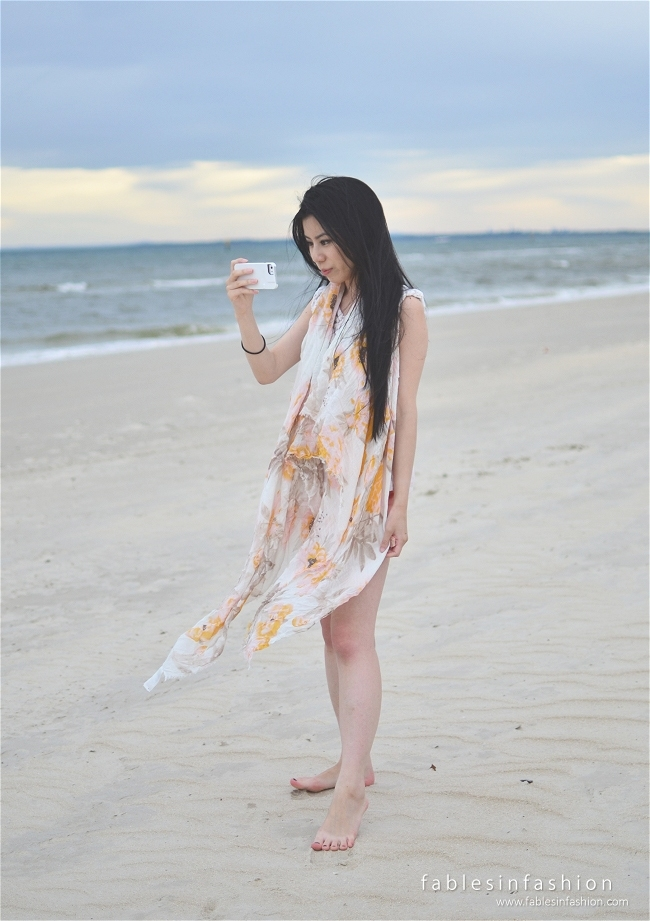 ootd windy beach fables in fashion