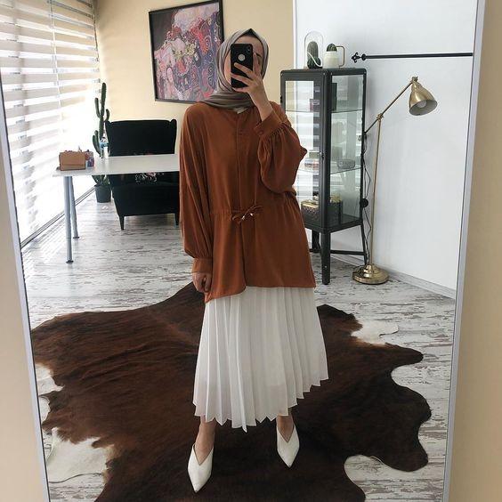 paling keren ootd hijab rok plisket coklat susu my red