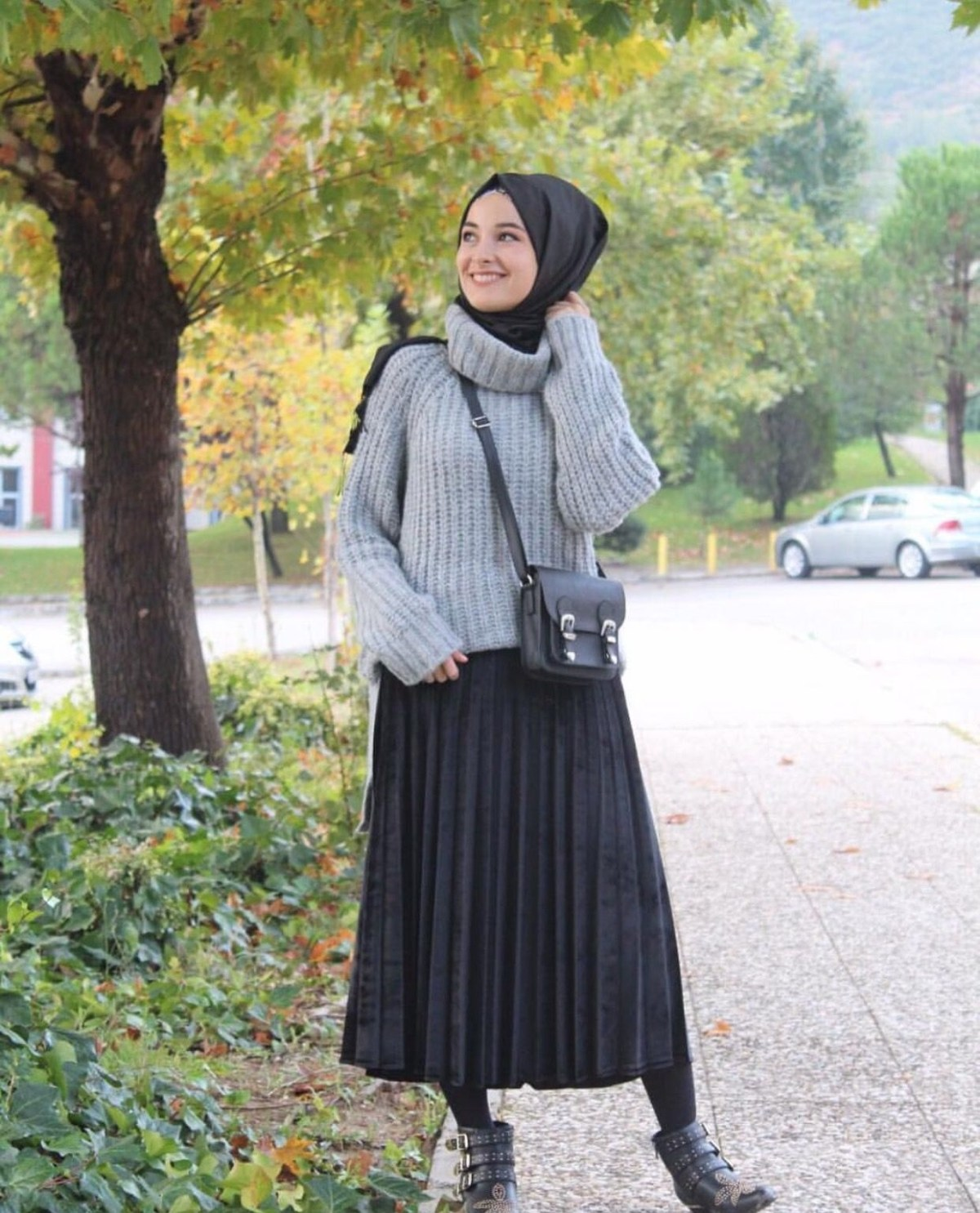 pinterest adarkurdish wanita hitam rok plisket