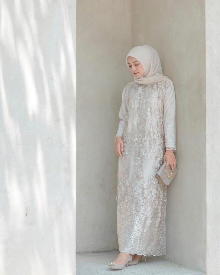 ootd kondangan hijab ala mega iskanti simpel dan anggun