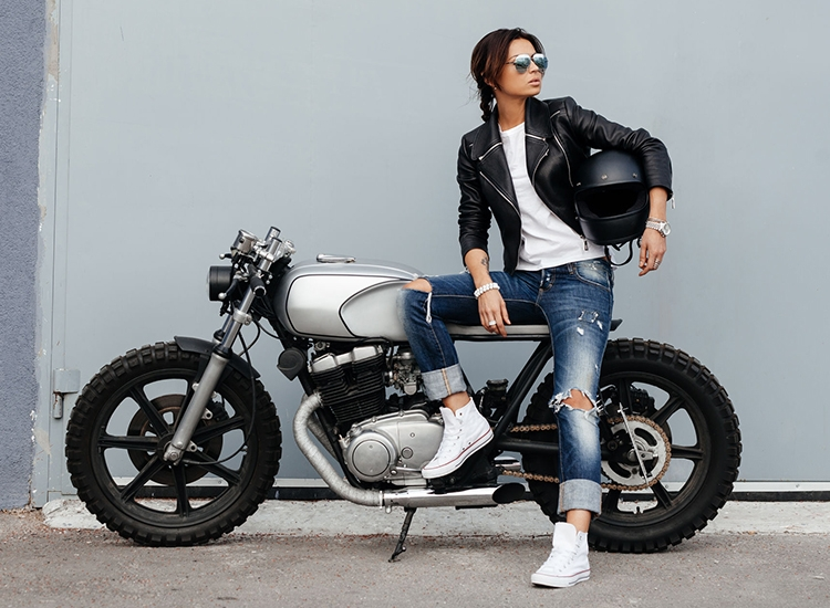 these pune women can ride and how pune365