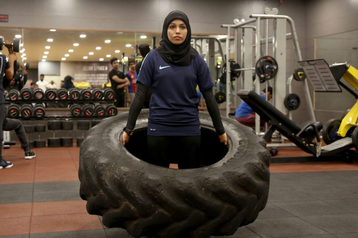 a hijab wearing muslim bodybuilder breaks stereotypes in india
