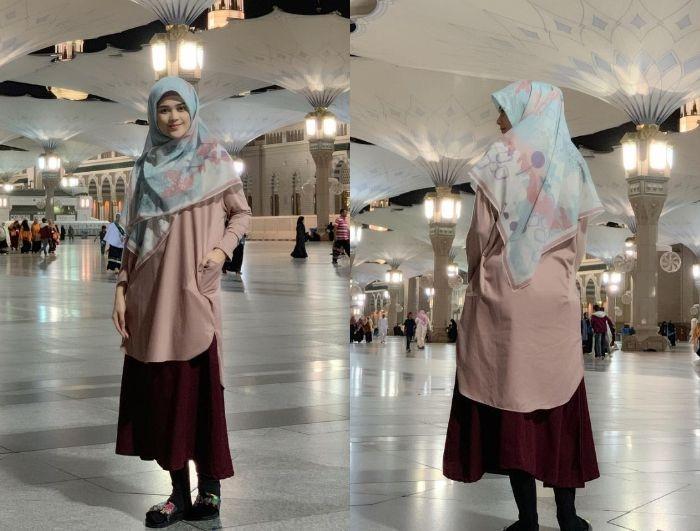 cut meyriska tampil dengan gaya hijab paduan tunik dan rok