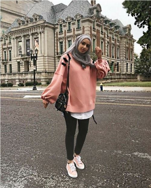 hoodies and oversized sweaters with hijab just trendy