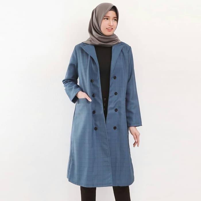 inspirasi model blazer wanita muslimah modern yang