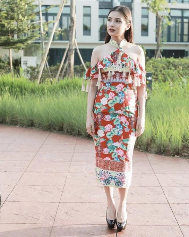 inspirasi tampilan baju imlek 2020 dari selebriti tanah