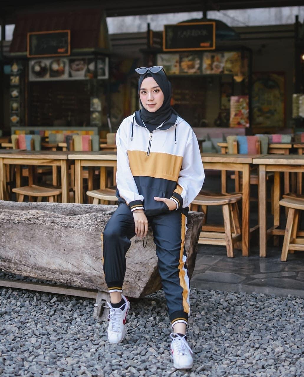 pakaian untuk jogging hijab